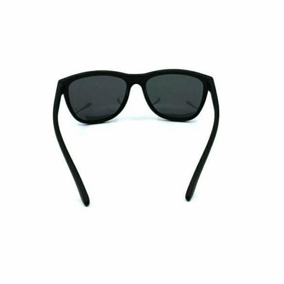 INVU polarizált férfi napszemüveg A2800 A