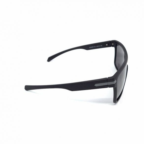 Retro férfi polarizált napszemüveg RR4658 C2